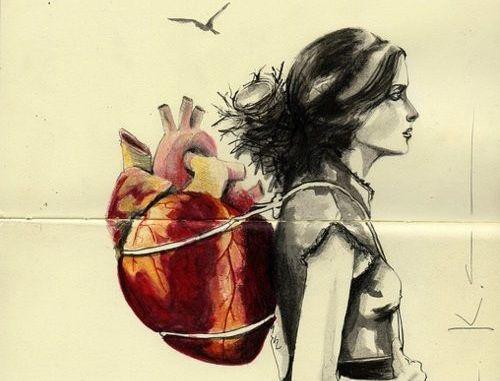 Femme-coeur-sur-lepaule